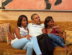Barack Obama Photo 14 - Watching Movies - People With Impact