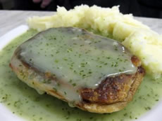 David Beckham Photo 9 - Pie and Mash - Celebrity Fun Facts